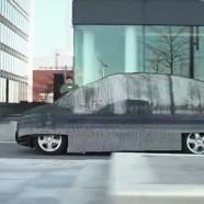 Mercedes-Benz hace realidad el auto invisible en su nuevo spot